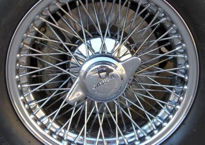 Jaguar E type wire wheel